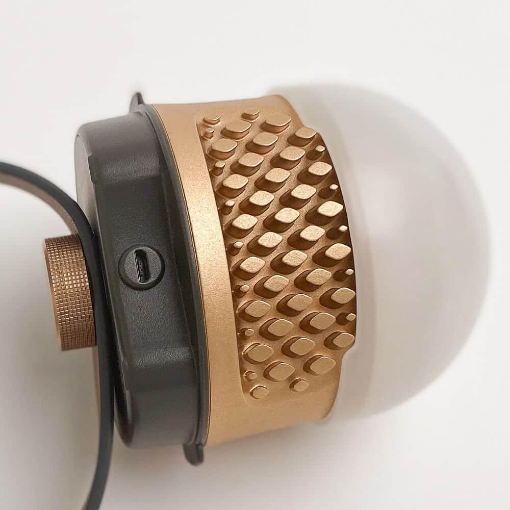 Zoom dissipateur ampoule sans fil BULBEE avec sangle de suspension by PARANOCTA 2020 (1)